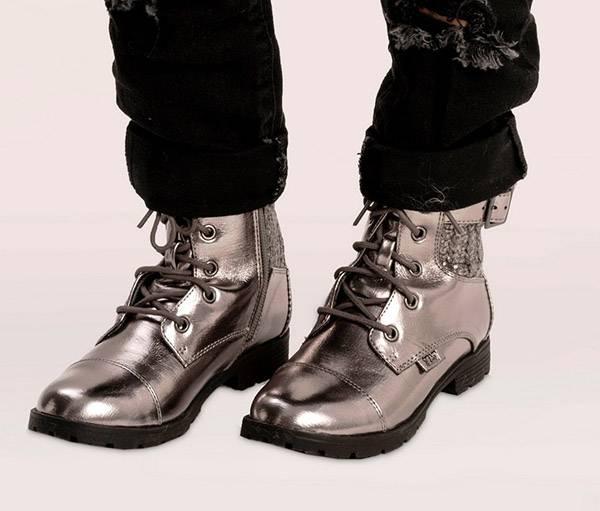נעלי נמרוד צבע הכסף צילום: רון קדמי