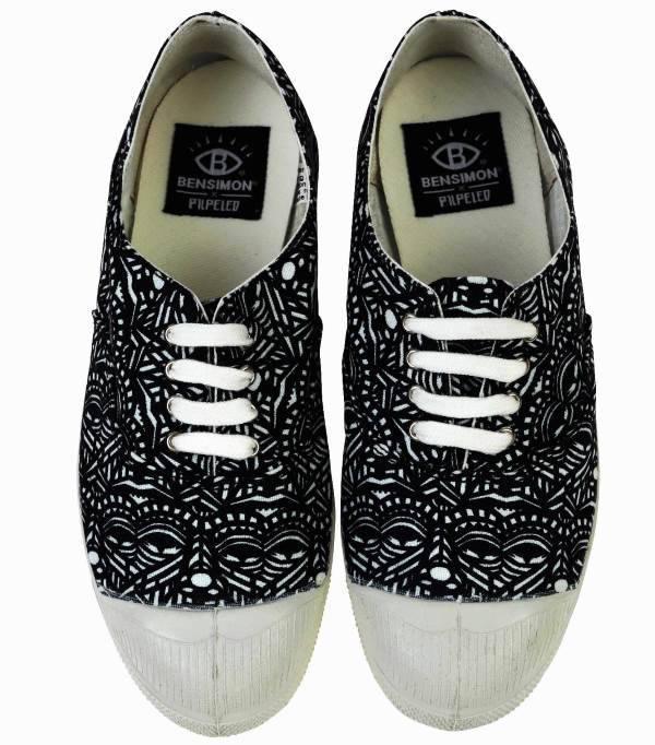 נעלי סניקרס בן סימון  צילום: חיים שוורצמן